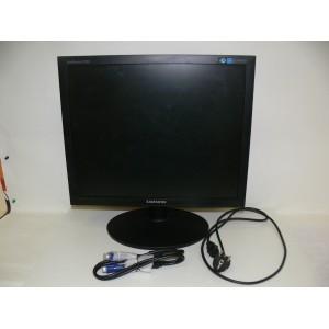 """Монитор 19"""" Samsung SyncMaster E1920NR, квадратный, черный"""