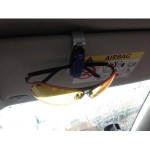 Клипса, держатель для очков в автомобиль